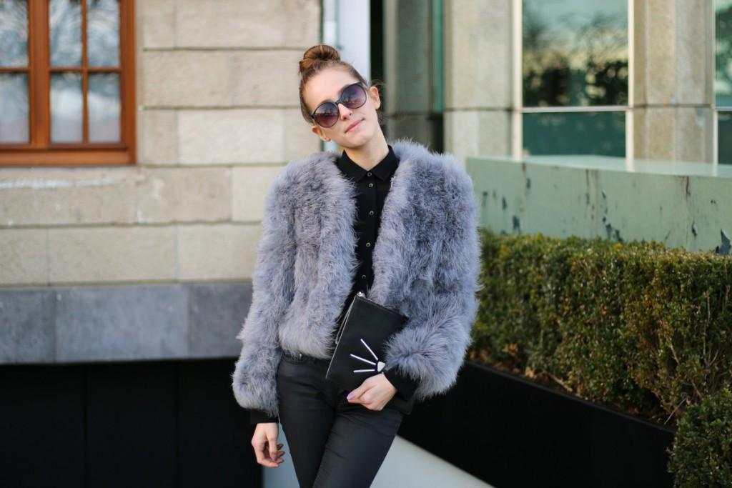 Yeti - 17 - BCBG fur jacket