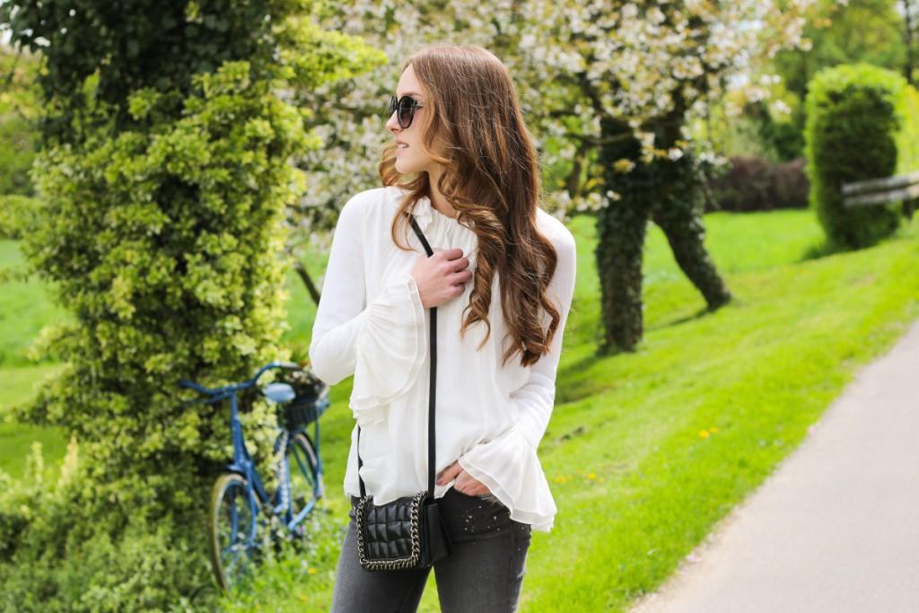 Zara Bluse - 15 bearbeitet - 1 - ruffle blouse