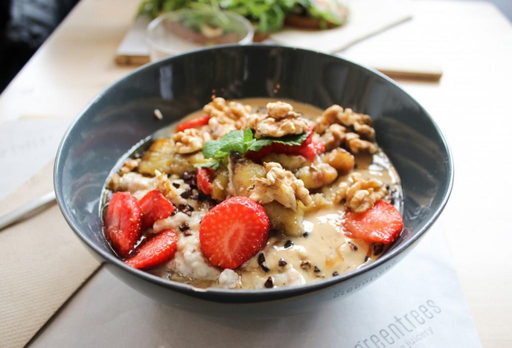 greentrees-3 - praise the porridge - Greentrees the Juicery
